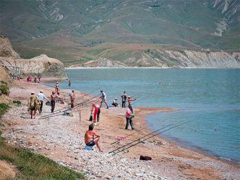 Где порыбачить в Крыму, в окрестностях Саки?